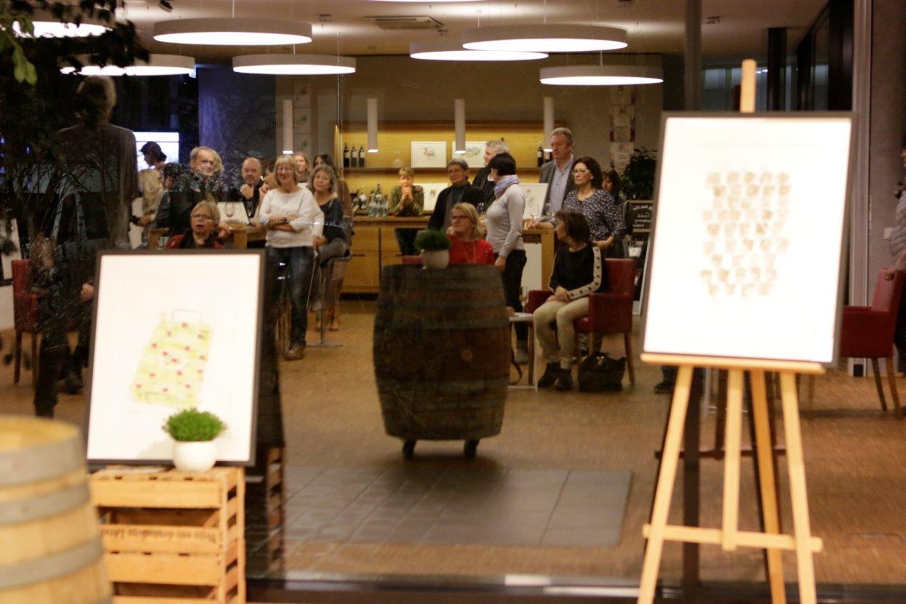 Ausstellung von Michael Luz in der Vinothek bei Wilhelm Kern